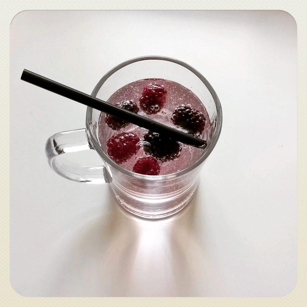 Wasser_Mit_Frucht_Abnehmen