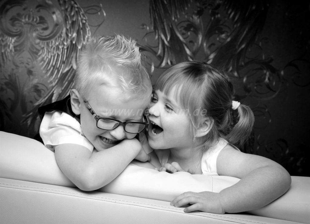 Geschwisterliebe_Bruder_und_Schwester