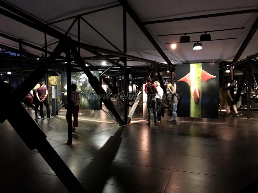 Gasometer_Oberhausen_Ausstellung_Wunder_der_Natur_