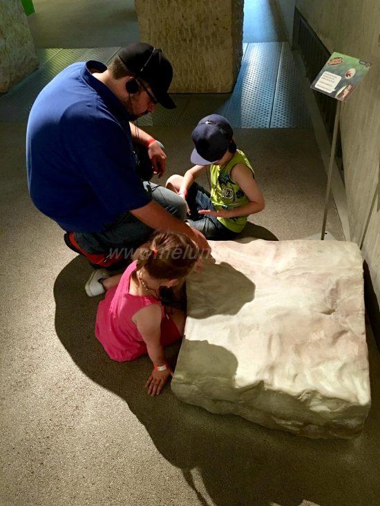 Neanderthal_Museum_Steinzeitkette_selbst_herstellen