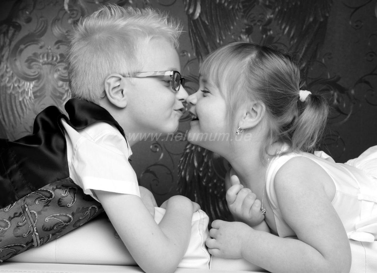 Geschwisterliebe_Schwester_und_Bruder